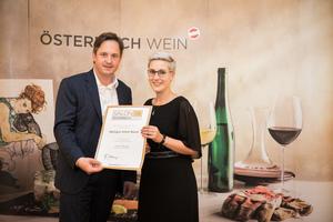 Weingut Anton Bauer, Präsident des österreichischen Weinbauverbandes NR Hannes Schmuckenschlager