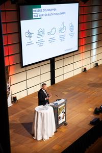 Chris Yorke (Geschäftsführer ÖWM) hält seine Keynote Speech