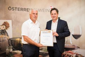 Weingut Steineder, Präsident des österreichischen Weinbauverbandes NR Hannes Schmuckenschlager