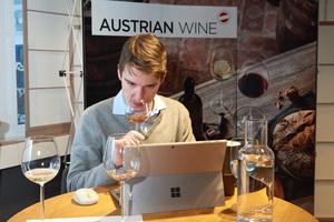 Marc Almert beim Private Tasting Zürich