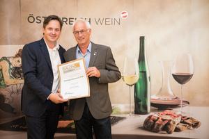 Weingut Hermann Fink, Präsident des österreichischen Weinbauverbandes NR Hannes Schmuckenschlager