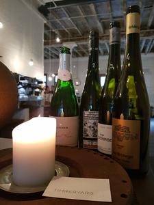 Weinauswahl im Timberyard