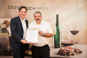 Weingut Johann Schwertführer 35, Präsident des österreichischen Weinbauverbandes NR Hannes Schmuckenschlager