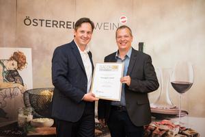 Weingut Laurer, Präsident des österreichischen Weinbauverbandes NR Hannes Schmuckenschlager