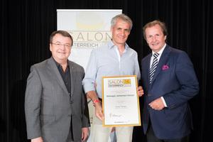 Weingut Johannes Holzer, links: Geschäftsführer ÖWM Willi Klinger, rechts: Leiter Food & Beverage Casinos Austria Oliver Kitz