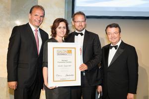 SALON 2017 Sieger: Weingut Frauwallner Straden (Bild Mitte), rechts: Geschäftsführer ÖWM Willi Klinger, links: Vizepräsident der Landwirtschaftskammer Otto Auer