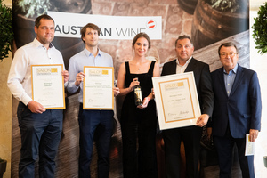 SALON 2019 Publikumsverkostung Wien, Palais Coburg, Siegerehrung der Top 3 in der Kategorie Cuveés & andere Sorten