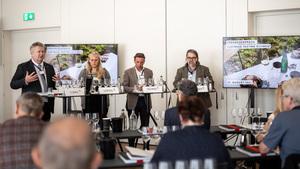 v.l.n.r Chris Yorke (ÖWM), Kathrin Löffel (ÖW), Manfred Schmid (AC) und Peter Moser (Falstaff)
