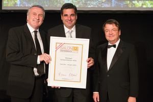 SALON 2012 Sieger: Weingut Schwertführer 47er, Thermenregion (Bild Mitte), links: Präsident des österreichischen Weinbauverbandes Josef Pleil, rechts: Geschäftsführer ÖWM Willi Klinger