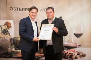 Weingut Müller, Präsident des österreichischen Weinbauverbandes NR Hannes Schmuckenschlager