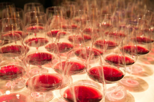 """Weingipfel 2015 - Gourmetdinner mit Weinbegleitung """"Große Burgunder aus Niederösterreich"""" präsentiert von: David Schildknecht (Journalist), Landhaus Bacher, Mautern an der Donau, Wachau"""