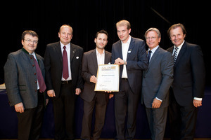 Weingut Kolkmann, links GF Willi Klinger, rechts Dir. Edmund Gollubits, Grand Casino Baden und Mag. Oliver Kitz, Casinos Austria