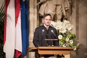 Weintaufe Österreich und Verleihung Bacchuspreis 2017 im Wiener Rathaus, Wien; Johannes Schmuckenschlager (Präsident Österreichischer Weinbauverband)