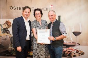Weingut Eckhard und Romana Paschek, Präsident des österreichischen Weinbauverbandes NR Hannes Schmuckenschlager