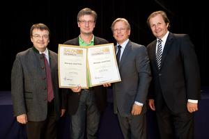 Weingut Josef Fritz, links GF Willi Klinger, rechts Dir. Edmund Gollubits, Grand Casino Baden und Mag. Oliver Kitz, Casinos Austria