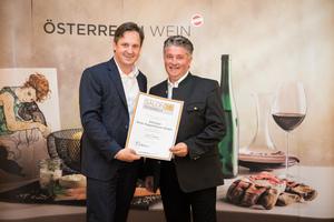 Weingut Burg Taggenbrunn, Präsident des österreichischen Weinbauverbandes NR Hannes Schmuckenschlager