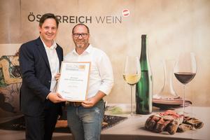 Weingut Stift Klosterneuburg, Präsident des österreichischen Weinbauverbandes NR Hannes Schmuckenschlager