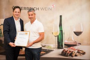 Weingut Bannert, Präsident des österreichischen Weinbauverbandes NR Hannes Schmuckenschlager