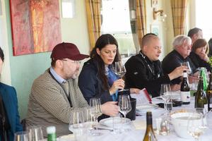 """Weingipfel 2017: Typische Buschenschank-Jause mit Weinbar """"Burgenland weiß"""", Weinbau Straka, Rechnitz"""