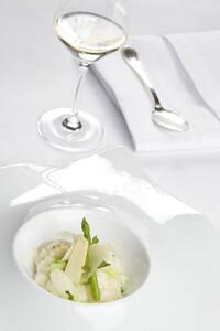 Spargel Risotto und Weißwein