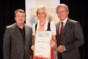 Weinbau & Heuriger Andre, links: Geschäftsführer ÖWM Willi Klinger, rechts: Direktor Casino Baden Edmund Gollubitz