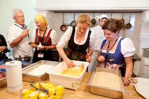 Weingipfel 2011 Discover Wine Wonderland Austria - Let's Cook Wiener Schnitzel!, Schloss Hof