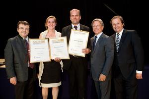 Weinkultur Preiß, links GF Willi Klinger, rechts Dir. Edmund Gollubits, Grand Casino Baden und Mag. Oliver Kitz, Casinos Austria