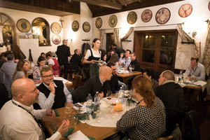 Vinexpo Explorer 2017 - Traditional Heurigen Dinner, Mayer am Pfarrplatz