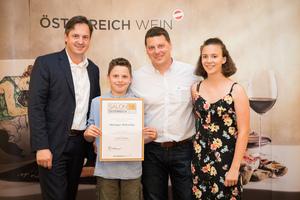 Weingut Wiltschko, Präsident des österreichischen Weinbauverbandes NR Hannes Schmuckenschlager