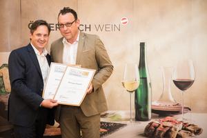 Weingut Regele, Präsident des österreichischen Weinbauverbandes NR Hannes Schmuckenschlager