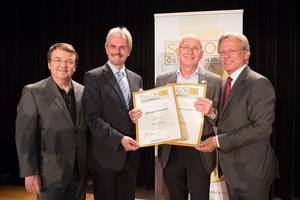 Weingut Sommer, links: Geschäftsführer ÖWM Willi Klinger & Landesrat Niederösterreich Karl Wilfing, rechts: Direktor Casino Baden Edmund Gollubitz