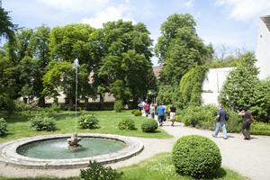 """Weingipfel 2011 Niederösterreich - """"Schnitzel Cookery Course"""" & Wine Bar """"Weinviertel DAC Classic & Reserve"""" auf Schloss Mühlbach"""