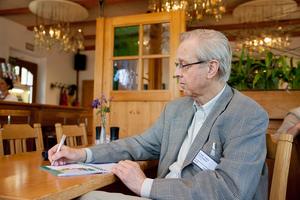 """Weingipfel 2017: Open Wine Tasting """"Diversity from Vulkanland Steiermark"""" and Lunch at a Traditional Wine Tavern;  Weinhof Scharl, St. Anna am Aigen"""