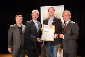 Weingut Martin Blaha, links: Geschäftsführer ÖWM Willi Klinger & Landesrat Niederösterreich Karl Wilfing, rechts: Direktor Casino Baden Edmund Gollubitz