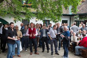 VieVinum 2016 - Get-Together beim Heurigen Fuhrgassl-Huber, 2. 6. 2016