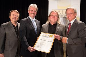 Weingut StephanO Das-Wein-gut, links: Geschäftsführer ÖWM Willi Klinger & Landesrat Niederösterreich Karl Wilfing, rechts: Direktor Casino Baden Edmund Gollubitz