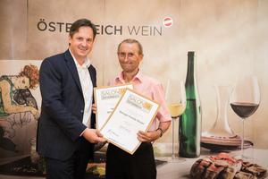 Weingut Familie Berger, Präsident des österreichischen Weinbauverbandes NR Hannes Schmuckenschlager