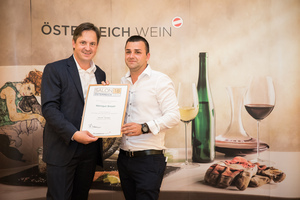 Weingut Breyer, Präsident des österreichischen Weinbauverbandes NR Hannes Schmuckenschlager