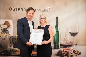 Weingut Hindler, Präsident des österreichischen Weinbauverbandes NR Hannes Schmuckenschlager
