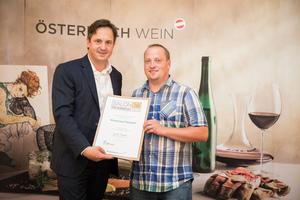 Weingut Dürauer, Präsident des österreichischen Weinbauverbandes NR Hannes Schmuckenschlager