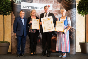 SALON 2019 Publikumsverkostung Wien, Palais Coburg, Siegerehrung der Top 3 in der Kategorie Welschriesling