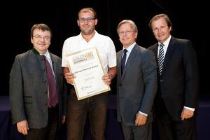 Weingut Manfred Gruber, links GF Willi Klinger, rechts Dir. Edmund Gollubits, Grand Casino Baden und Mag. Oliver Kitz, Casinos Austria