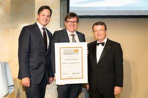 SALON 2017 Auserwählter: Weingut Wohlmuth (Bild Mitte), rechts: Geschäftsführer ÖWM Willi Klinger, links: Präsident des österreichischen Weinbauverbandes NR Hannes Schmuckenschlager