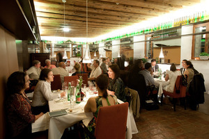 Weingipfel 2011 Discover Wine Wonderland Austria - Niederösterreich Gourmet Dinner, Kloster UND