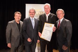 Arkadenweingut Heiss, links: Geschäftsführer ÖWM Willi Klinger & Landesrat Niederösterreich Karl Wilfing, rechts: Direktor Casino Baden Edmund Gollubitz