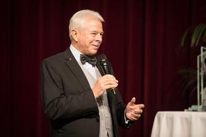 Weintaufe Österreich und Verleihung Bacchuspreis 2017 im Wiener Rathaus, Wien, Prof. Dr. Walter Kutscher (Vizepräsident Wiener Sommelier Verein)