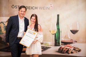 Weingut Mörwald GmbH, Präsident des österreichischen Weinbauverbandes NR Hannes Schmuckenschlager