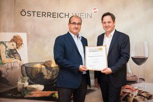 Weingut Dombi-Weiss, Präsident des österreichischen Weinbauverbandes NR Hannes Schmuckenschlager