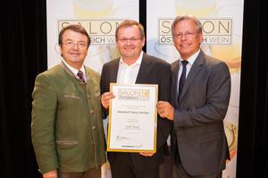 Weingut Franz Pichler, links: Geschäftsführer ÖWM Willi Klinger, rechts: Direktor Casino Baden Edmund Gollubitz