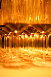 Weingläser Verkostung gereifte Weine